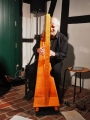 Thomas Loefke an der celtic harp