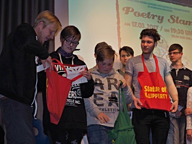 Marc Schuster mit den drei Gruppensiegern
