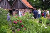Burggarten mit Backhaus und Brunnenhaus