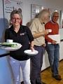 Ulrike Welpinghus, Leiterin des Sozialdienstes im DRK-Haus Ravensberg und Hauptorganisatorin des Sommerfestes mitten in der Arbeit