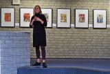 Lilian Wohnhas vom Peter August Böckstiegel Museum hält die Einführung